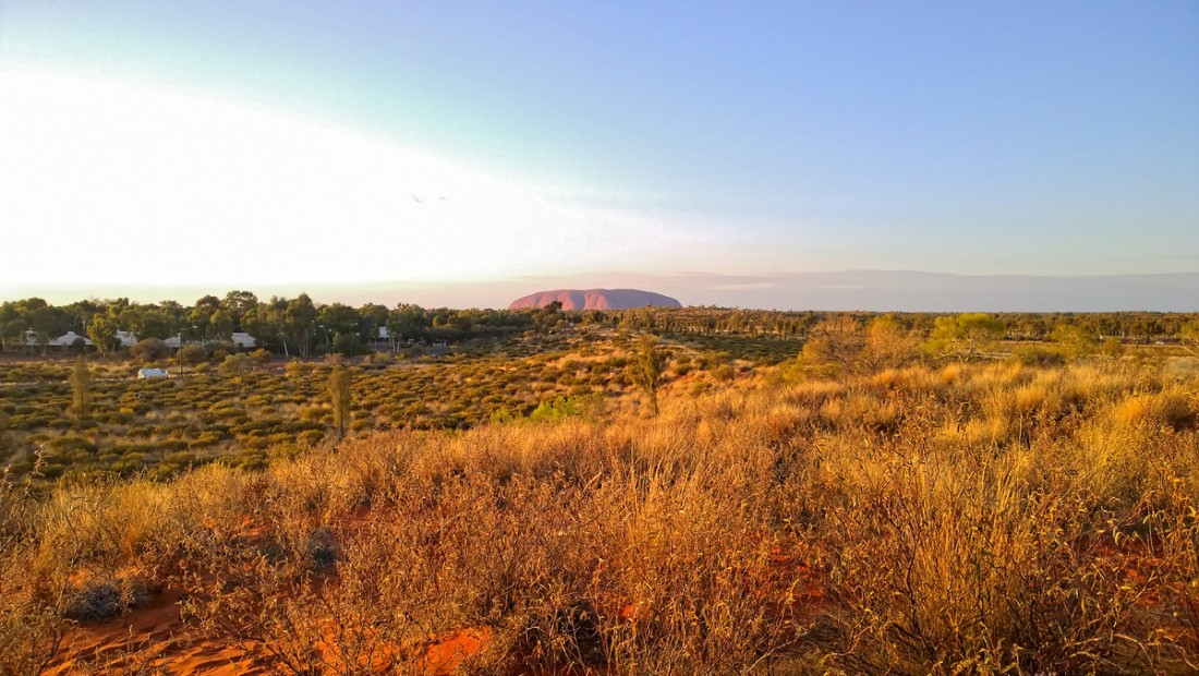 Uluru00016